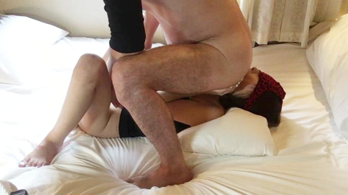 【個人撮影】29歳スレンダー美女の最高のアナル舐めと乳首いじりフェラに大量射精-1